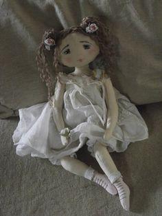 Laurette estivale.poupées farfalous...les passions de valérie
