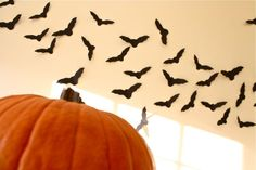 Paper bats! Simple and cute Halloween decor!