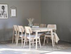 Filippa-Nagano 6-hengen ruokailuryhmä, valkopesty tammi Dining Chairs, Dining Table, Light Oak, Grey Fabric, Upholstered Chairs, Solid Oak, Scandinavian Design, Timeless Design, Wood Furniture