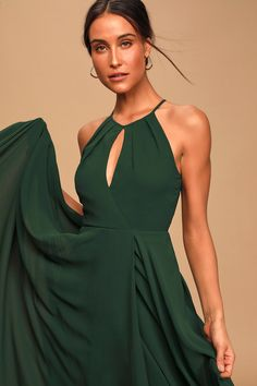 Actions speak louder than words, so let the Lulus Say You Love Me Hunter Green Maxi Dress do the talking! Cute maxi with a faux-wrap skirt and apron neckline. Green Dresses For Sale, Green Formal Dresses, Green Dress Casual, Formal Gowns, Emerald Green Formal Dress, Affordable Bridesmaid Dresses, Bridesmaid Dresses Online, Grad Dresses, Cute Dresses