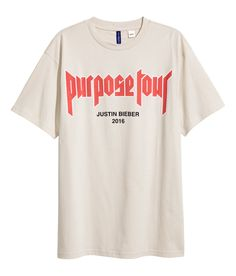 Justin Bieber, Purpose Tour t-shirt Justin Bieber, Purpose Tour T Shirt, Tan T Shirt, Shirt Print Design, Budget Fashion, Crew Neck Shirt, Printed Tees, Look Fashion, Neue Trends
