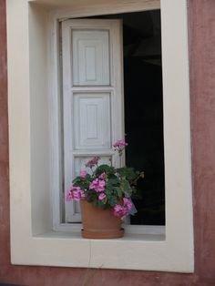 """""""Simple"""" in Santorini, Greece (photo by Peggy Mooney)"""