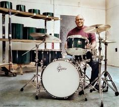 Ah, Steve Ferrone. Gretsch Drums, Tom Petty, Stevia, Toms, Film, Drummers, Music Files, Percussion, Entertainment