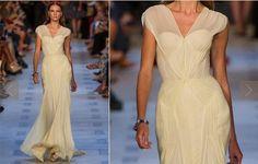 mudando a cor, esse vestido é lindo para uma madrinha - NYFW