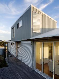 1000 images about cladding besser block brickwork on for Besser block house designs
