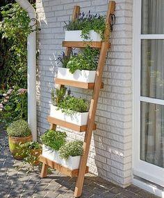 26 Creative Vegetable Garden Ideas And Decorations #garden #design #gardening #paths #landscaping