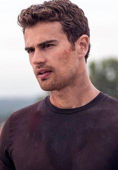 Divergent ▫ Дивергент ▫ Инсургент ▫ Аллигент