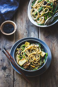 Hot Sesame Rice Noodles with Asparagus & Shiitakes