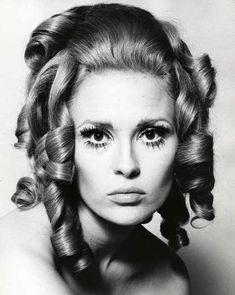 Portrait of Faye Dunaway by Jerry Schatzberg, 1970