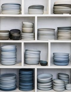 Foley Street Creative Spaces · Studio Enti (The Design Files) Ceramic Tableware, Ceramic Bowls, Ceramic Pottery, Ceramic Art, Slab Pottery, Stoneware, Terracota, Ceramic Studio, The Design Files
