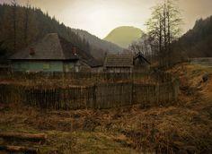 National park Buila-Vânturariţa near Horezu, Romania Romania, Beautiful Places, National Parks, Outdoor, Outdoors, Outdoor Games, The Great Outdoors