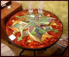 24_round_mosaic_table.jpg 2.984×2.472 pixels