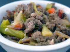Tave me presh is a delicious traditional ground beef and leek casserole from Albania. Albanian Cuisine, Albanian Recipes, Ground Beef, Casserole, Traditional, Meat, Cooking, Foods, Albania