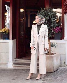 Office Look Women Hijab : ? Office Look Women Hijab Hijab Fashion Summer, Modest Fashion Hijab, Modern Hijab Fashion, Street Hijab Fashion, Casual Hijab Outfit, Hijab Fashion Inspiration, Muslim Fashion, Casual Outfits, Fashion Outfits