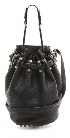 The perfect bucket bag.