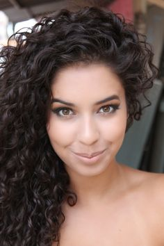 Jujuba Doce - curly hair - Natural hair - cabelos cacheados - cachos naturais #naturalhair #naturalcurly #curlyhair #cachos #cachosnaturais #cabelosnaturais