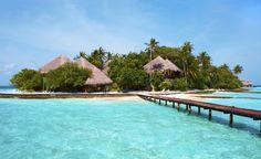 Islas Maldivas  Año tras años estas increíbles islas sufren irremediablemente la subida del nivel del mar. Según las últimas mediciones el 80% de las islas que componen el archipiélago se encuentran menos de un metro sobre el nivel del océano algo muy preocupante teniendo en cuenta el calentamiento global. Se estima que en menos de 100 años dejarán de ser habitables.