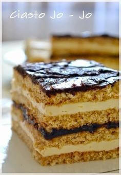 Ciasto Jo-Jo to klasyka. Jest pieczone u mnie w domu odkąd pamiętam. Nie jest trudne, a warte zachodu:) Słodka masa, kruche ciasto i le. Polish Desserts, Polish Recipes, Cookie Desserts, No Bake Desserts, Cookie Recipes, Dessert Recipes, Unique Desserts, Delicious Desserts, Cake Cookies