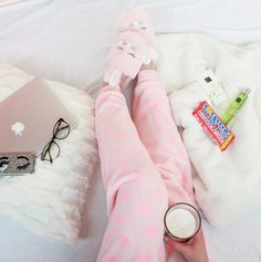 Cosy moments with this fleece heart onesie!