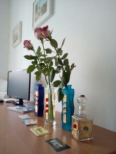 Desk roses tv livingroom
