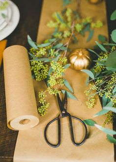 It's one thing to do the Thanksgiving menu on a budget; it's another thing to set a beautiful table