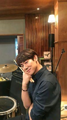 Korean Drama Movies, Korean Actors, Yoo Yeon Seok, Romantic Doctor, Weightlifting Fairy Kim Bok Joo, Kdrama Actors, Drama Korea, Korean Star, Film Awards