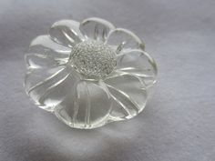 Vintage Buttons - lot of 1 large clear Depression glass,  flower design, thick, heavy weight cut glass, (lot dec 505) by pillowtalkswf on Etsy