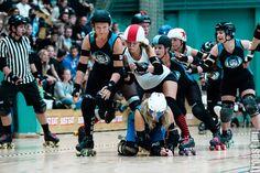 Copenhagen Roller Derby – Kick Ass Cuties vs. Aarhus Derby Danes! #rollerderby © 2014 Peter Troest. All rights reserved.