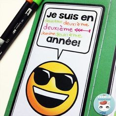 """French Back-to-school Lapbook EMOJI: the perfect activity for """"la rentrée""""! This French lapbook has writing prompts, foldable flaps, and more – with lots of emojis :D French Learning Games, Spanish Language Learning, Teaching French, Foreign Language, Teaching Spanish, Language Arts, All About Me Activities, Back To School Activities, French Lessons"""