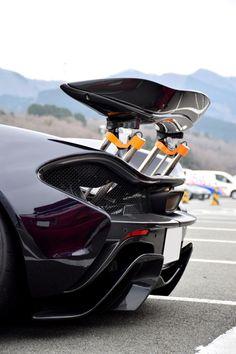 Ferrari porche lamborghini bugatti and many other awesome cars i like Mclaren P1, Fancy Cars, Cool Cars, Royce, Jaguar, Jet Packs, Porsche, Automobile, Super Sport Cars