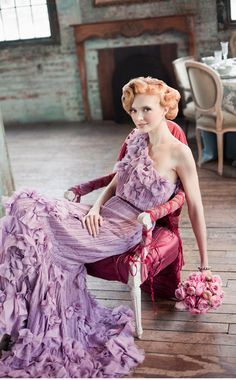 If I were wearing purple! Our Muse - Rustic Romantic Setting in New York City - Be inspired by this romantic wedding in New York City 1940s Wedding Hair, Lilac Wedding, Wedding Bouquets, Rustic Wedding Hairstyles, 1940s Hairstyles, Birthday Hair, Fashion Photography Inspiration, Style Me, Glam Style
