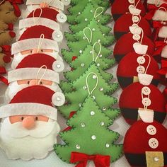 1 million+ Stunning Free Images to Use Anywhere Felt Christmas Decorations, Felt Christmas Ornaments, Christmas Items, Christmas Projects, Handmade Christmas, Christmas Holidays, Felt Crafts, Holiday Crafts, Deco Table