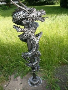 "Receive excellent suggestions on ""metal tree art"". They are actually readily available for you on our website. Recycled Metal Art, Scrap Metal Art, Metal Art Projects, Metal Crafts, Metal Art Sculpture, Art Sculptures, Steel Art, Welding Art, Arc Welding"