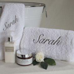 Personalised Luxury Bath Towel Set #luxurygifthampers #personalisedhampers