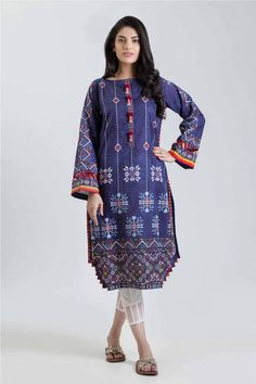 Bonanza Satrangi | Women's Fashion Dresses Elegant, Stylish Dresses For Girls, Pakistani Dresses Casual, Stylish Dress Designs, Pakistani Dress Design, Indian Dresses, Simple Dresses, Indian Outfits, Summer Dress Outfits