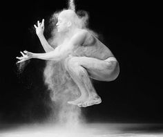 Lois Greenfield photography, inspiration for an up and coming modern dance piece. Motion Photography, Dance Photography, Fine Art Photography, Photography Books, Colour Photography, Photography Lessons, Creative Photography, White Photography, Amazing Photography