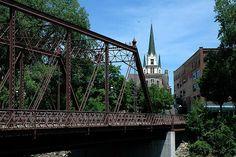 Bridge – Merriam St