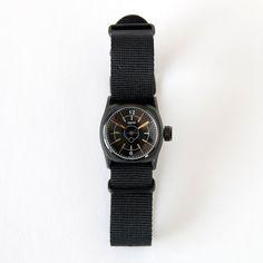 手巻きブラックダイアルMMD02B