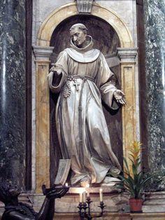 Statue of St. Bernardine (by Antonio Raggi) in the Capella del Voto; Duomo; Siena, Italy . José Armando Flores Vázquez