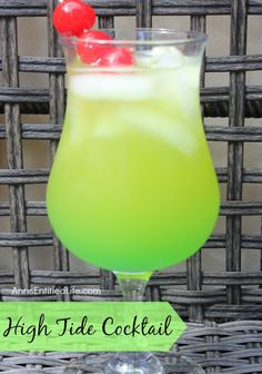 The High Tide Cocktail will remind you of warm summer days and fun times on the beach. A sweet, delicious rum cocktail with a touch of Midori citrus, the High Tide is fabulous adult libation. Midori Cocktails, Rum Cocktails, Beach Cocktails, Cocktail Drinks, Rum Cocktail Recipes, Bourbon Drinks, Drinks With Midori, Mixed Drinks With Rum, Cocktail