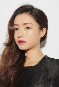 makeup the look like Park Sora Model from Stylenanda, Korea