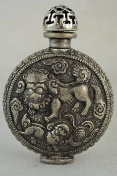 Decorated Wonderful Handwork Miao Silver Carving Dragon Rare Snuff Bottle