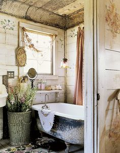 rustic tin ceiling tiles in bath with weathered board walls, pendant light.just simple. It's so shabby chic vintage bathroom Baños Shabby Chic, Estilo Shabby Chic, Shaby Chic, Rustic Bathroom Designs, Bathroom Design Luxury, Bathroom Interior, Tuscan Bathroom, French Bathroom, Bathroom Vintage