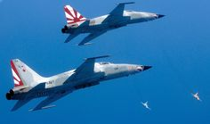 """A couple of F-5N from VFC-111 """"Sundowners"""" during an Air Combat Training (JETPHOTOS.net)"""