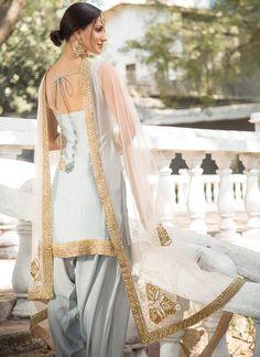 Best 12 Light Grey and Pink Embroidered Punjabi Suit features a dhupioni silk kameez, santoon bottom and embroidered net dupatta. Handwork embellishments are present on this style. Patiala Dress, Patiala Salwar Suits, Punjabi Dress, Indian Salwar Kameez, Churidar, Phulkari Suit, Sharara, Indian Suits Punjabi, Punjabi Suits Party Wear