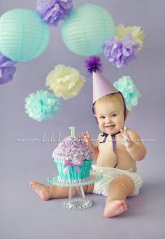 1st Year Baby Cake Smashing!