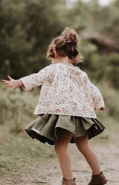 Handmade Clover Linen Twirl Skirt | MiyaAndMa on Etsy
