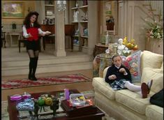 Fran Fine The Nanny, Nanny Outfit, Style Icons, Couch, Outfits, Furniture, Home Decor, Fashion, Moda