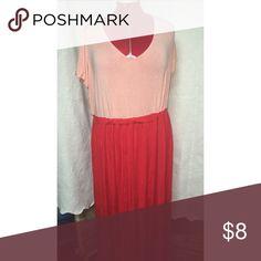 Soft Maxi! Gently worn ❤️ elastic sometimes gets a tad twisted Isaac Mizrahi Dresses Maxi