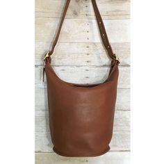 1d9bdb0965 Coach Vintage XL British Tan Bucket Duffle Sac Feedbag Handbag 9085